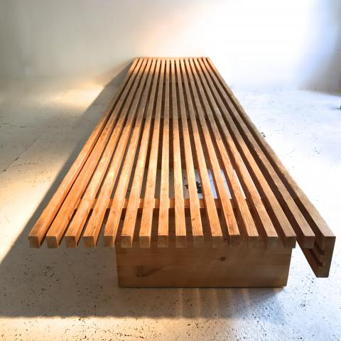 BANQUETTE CHARLOTTE PERRIAND LES ARCS BENCH